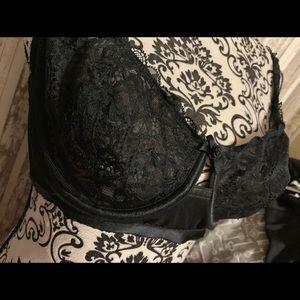 Cacique Intimates & Sleepwear - Cacique Lace Bra 38C